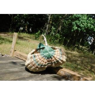 Rámový košík v přírodních tónech z pedigového proutí a elharu