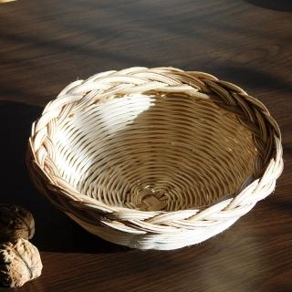 Ošatka z pedigu na pečivo, ovoce nebo ořechy
